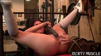 Fitness Porn Star Can't Keep Her Hands Off Herself