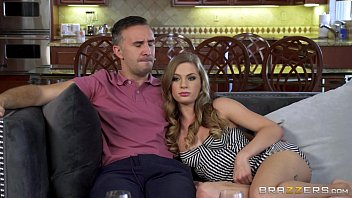 Brazzers - Milf Isis Love takes on young studBrazzers - Naughty teen Sydney Cole