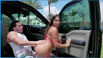 Bangbros Julianna Vega Loves To Fuck In Public So Peter Green Lends Her A Cock thumbnail