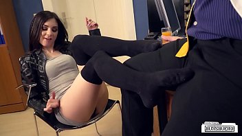 Mature germany tube Bums buero - german college babe lullu gun gets banged by boss in the office
