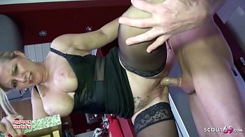 German Mature Fuck Big Dick Friend of Sister after Party