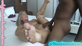 granny takes dicks like shes 18 again (leilani lei & handsomedevan)