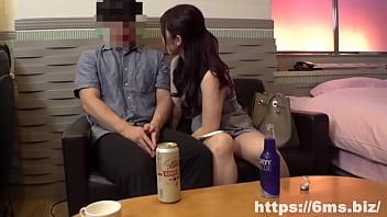 《個人撮影》人妻保育士 26歳 父兄と浮気SEX 隠し撮り
