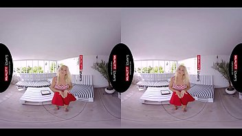 RealityLovers - Blondes are better VR