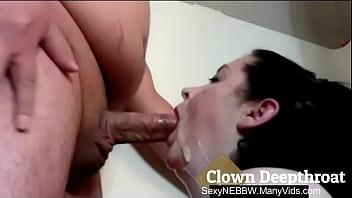 Sexy BBW Clown Deepthroat - PREVIEW