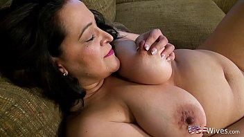 USAWives Chubby American mature lady Niki porno izle