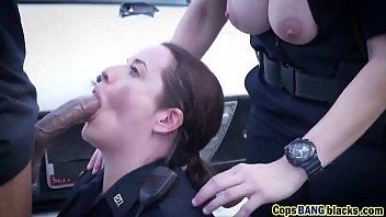 Threesome interracial cops blowjob fuck bbc outdoor 6分钟