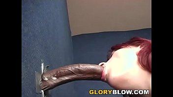 Redhead Nikki Sucks BBC - Gloryhole 16分钟