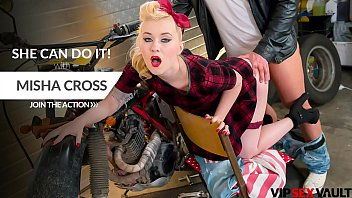 VIP SEX VAULT - Pin Up Lady Misha Cross Goes For A Quickie With Her Biker Boyfriend