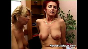 Grannies dildos - Mature ladies testing some dildos
