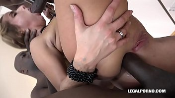 Bitch Sofi Goldfinger deals with 4 Black Monster Cocks with a Smile! preview image
