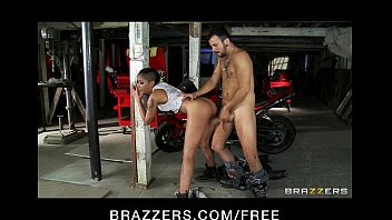 Mechanical riding penis Sexy asian mechanic skin diamond rides big hard dick as payment