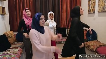 Teen reality first time Hot arab girls try foursome 8分钟