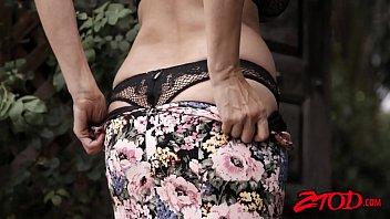 Big Titted Milf Julia Ann Teases Before Riding Stiff Rod