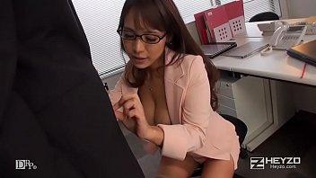 XVIDEO 高瀬杏 巨乳痴女OLが社内でオナニー(高瀬杏)