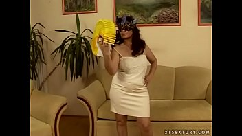 Horny lady mature older - Masked mature lady marianne