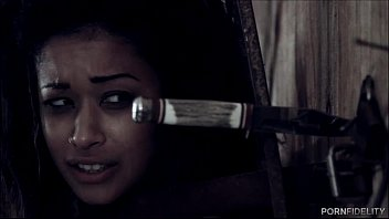 Skin Diamond Unchained For Her Master