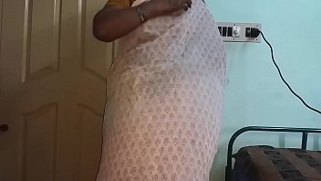 8971 Indian Hot Mallu Aunty Nude Selfie And Fingering For  father in law preview