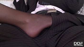 Foot fetish porn with busty British babe Emma Leigh in thigh high pantyhose 13分钟