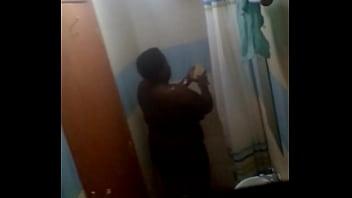 Kenyan bbw in mtotel shower