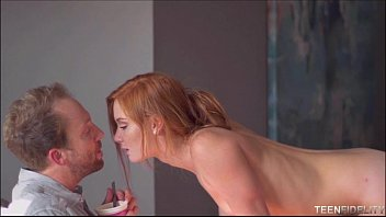 Freckled Faced Redhead Teen Alex Tanner Loves Older Big Cock 4分钟