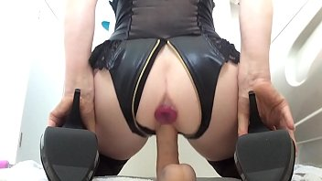 Caribbean women with wet clits - Morning dildo ride with squirting pussy juices