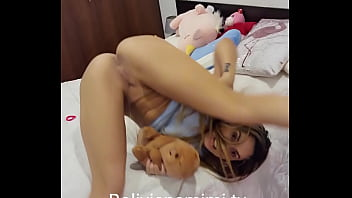 Lets play ted ... Bolivianamimi.fans