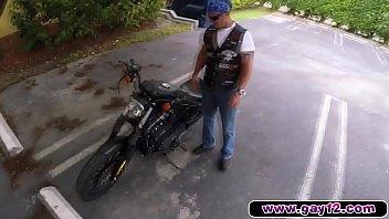 Biker Dudes Wants It Bad At The Pawnshop