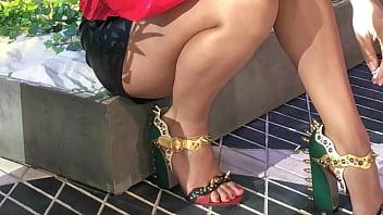 Tania rincon sexy feet tv presenter