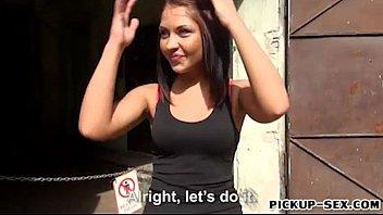 Czech girl Bianca Pearl slammed in an abandoned place for cash