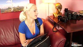 Fakeshooting Gorgeous Blonde Amateur Fucks cock during Casting 11 min