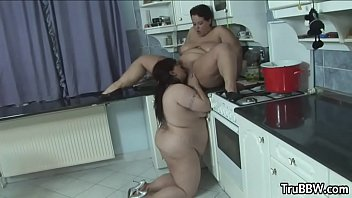 Passionate Lesbian BBWs Lustfully Satisfy Each Others Pussies