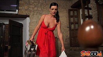 Spanish Mom Carla Pons at Saboom