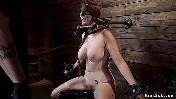 Streaming Video Immobilized busty redhead slave zappered - XLXX.video