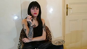 Beth Kinky - Sexy goth domina smoking pt1 HD