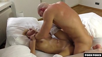 SQUIRT EXPLOSION - She Cums All Over Him As He Makes Her Cum Multiple Times thumbnail