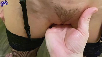 Lover Play Pussy Babe Sex Toys after Striptease - Homemade 5分钟