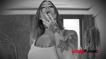Horny slut Heidi Van Horny rides two hard dicks & gets double penetrated