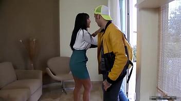 A Letto Con Zia - Angela Gritti thumbnail