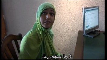 Moroccan slut Jamila tried lesbian sex with dutch girl(Arabic subtitle)