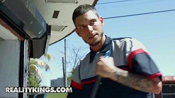 (Tyler Steel, Abella Danger) - Grand Theft Moto - Reality Kings