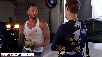 Naughty America - Ryan Keely fucks for a discount at the mechanic shop