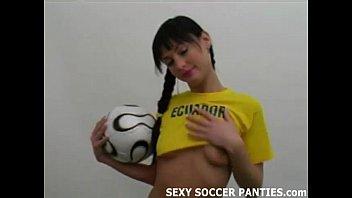 Fitness ball porn - Ecudarorian football hottie teasing in uniform