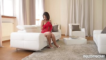 Inked Luxury Babe Nikita Bellucci Masturbating till Orgasm 30 min