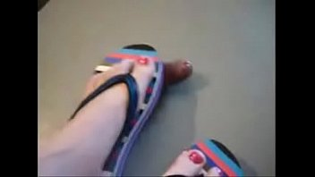 Sandalo fetish Red toes sandal cock crush part 2 at hotfeetcams.com