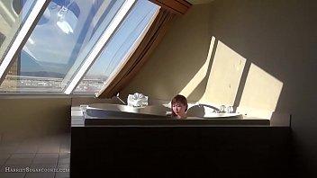 Cute asian 18yo teen: hot-tub tease machine 5 min