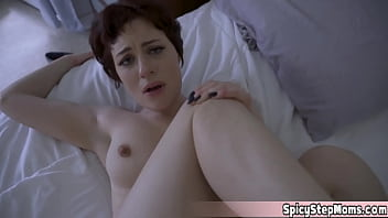 After stepmom Jessica Ryan discovers porn online she cant stop thinking about it