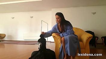 LexiDona - I Show You My Dress