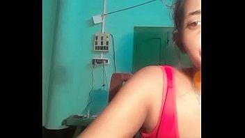 Bangladeshi girl Nusrat Jahan live on Gogo.Live