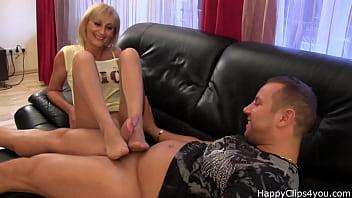 Secretary pantyhose com - Amanda nylon footjob with a nice cumshot at the end...